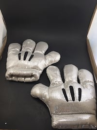 Disney Parks Mickey Mouse Silver Gray Plush Glove Costume Sequins Lake Elsinore, 92532