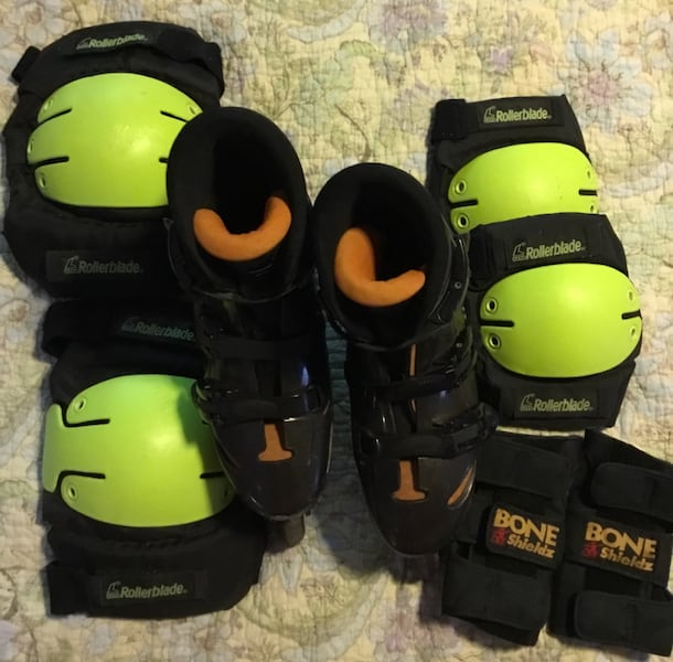 Womens' Size 8 Roller Blades-Gently Used b891ee37-349d-40eb-b994-fcd21011be03