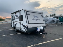 2015 Jayco Jay Feather Ultra Lite camper travel trailer