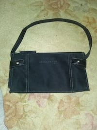 Kennnth Cole Little Black Purse  31 mi