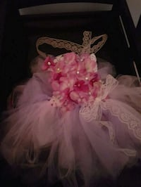 Hand made floral tutu great for photo shoots Mississauga, L5N 0C2
