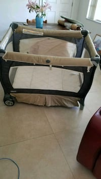 Play pen, clean like N.  A good offer   Miami, 33193