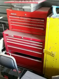 red Snap-On tool chest Las Vegas