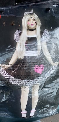 Adult broken doll costume- size small (2-8) Clearwater, 33761