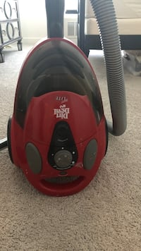 red and black Fakir canister vacuum cleaner East Rutherford, 07073