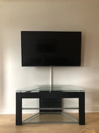 Tv stand /tv table Toronto, M2N