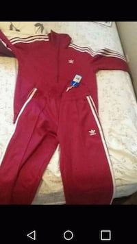 Burgundy zip-up jacket with matching pants, origi Edmonton, T5B 2X4
