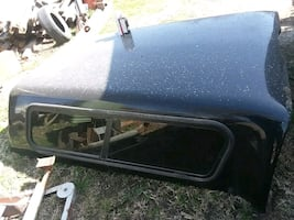 black and gray car roof rack