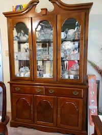 brown wooden china cabinet with glass display cabinet Mantua, 08051