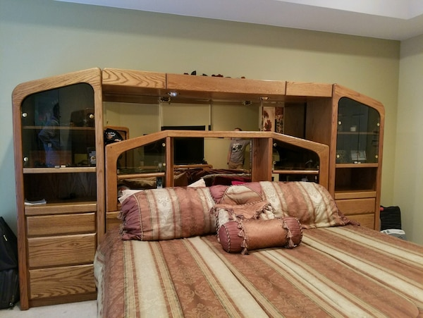Used Arbek Oak Bedroom Furniture For Sale In Maryville Letgo