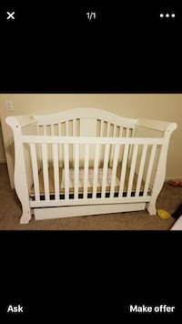 Baby crib. Converts into toddler bed