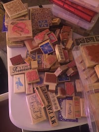 100+ stamps and paper pouches lot Poulsbo, 98370