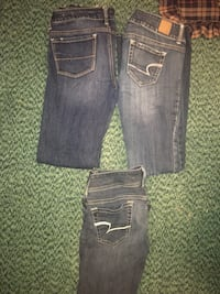 Womens american eagle size 4 jeans
