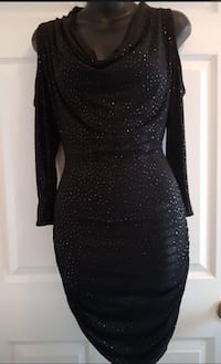 Guess dress.   Shoulders are opened.  Size small.   Mississauga, L5M 3Y5