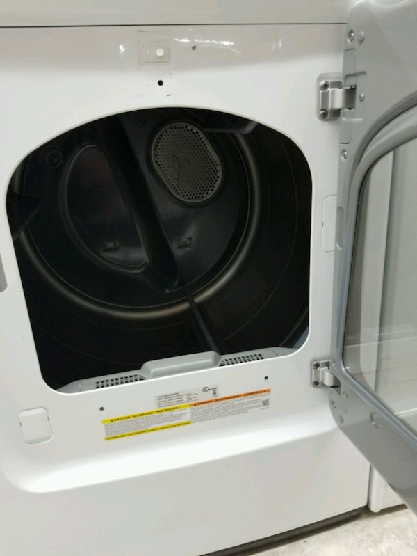 Samsung set washer and dryer good condition 3mth w 61d396ff-3156-461d-b882-c390b8223f68