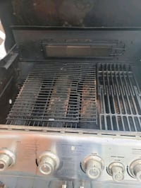 BBQ in good condition  Calgary, T3J 3X8
