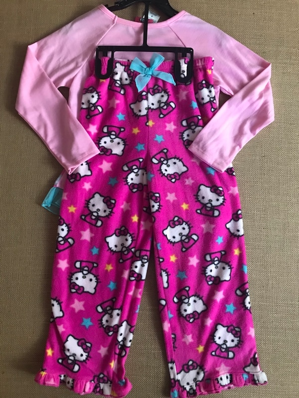 Used NWT Hello Kitty Pajama Set for sale in Camarillo - letgo cbaa75eae