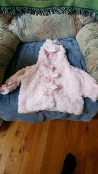NEW Pink hooded lined jacket with bunny ears Winchester, 22601
