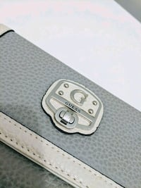 Guess wallet new. Toronto, M4K 1H6