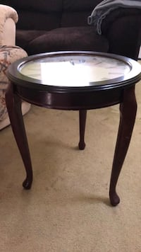 Quartz Watch End Table Salisbury, 21804