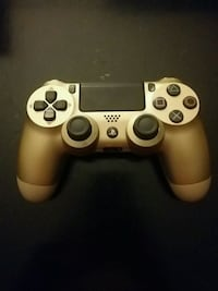 Gold Sony PS4 game controller Bowie, 20720