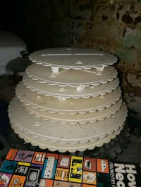 Trays for cakes  Decatur
