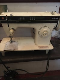 3102 singer sewing machine 100$