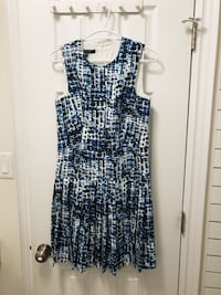Judith and Charles Dress Size 4 Newmarket, L3Y 2J4