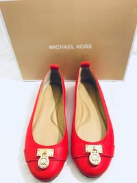 Michael Kors Red Leather flats size:6M Hayward, 94544