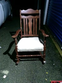 Rocking Chair that needs some sanding so it be   Perry, 48872