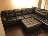 Black sectional couch PRICE NEGOTIABLE Washington, 20002