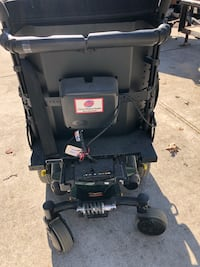 Electric wheel chair with charger  Virginia Beach, 23455