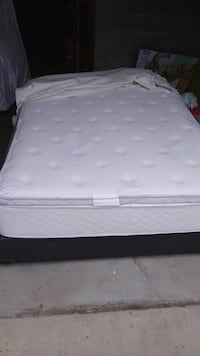 Nice Queen PillowTop Mattress And Box spring  Woodbridge, 22191