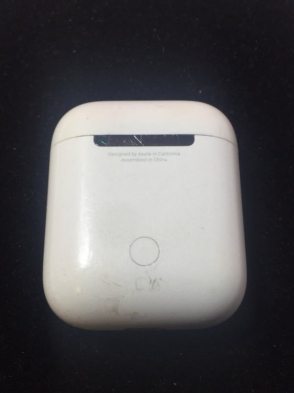 Sold Apple Airpods Charging Case 1st Generation Case Only 3 In