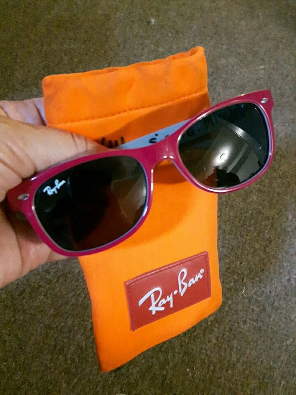 8f7c1494590 black-tinted lens with red frame Ray-Ban wayfarer sunglasses. HomeFashion  and Accessories Toronto