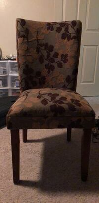 brown and black floral padded chair Chico, 95926
