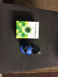 Brand New - Blue Mini PC Camera With Stand. Edison, 08817