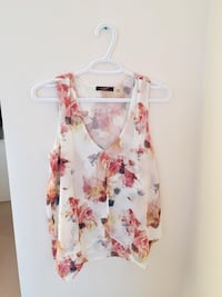 Floral layered blouse
