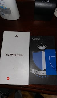Huawei p20 pro for sale with screen protector and case  Montréal, H1S 1C1