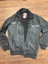 Men's jacket size large Coquitlam, V3K 4B9