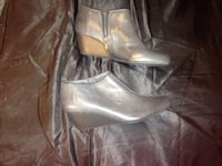 Clarks leather gray wedges 8 1/2 Biltmore Lake, 28715