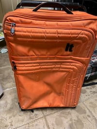 IT lightest suitcase and Jansport wheeled packpack Owings Mills, 21117