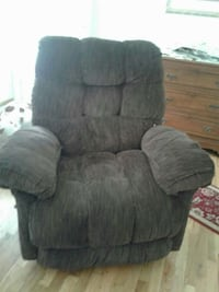 tufted brown recliner sofa chair
