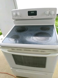 white and black induction range oven Gaithersburg, 20877