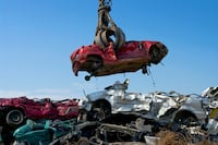 PAYING HIGHEST CASH FOR OLD USED SCRAP JUNK CARS Toronto