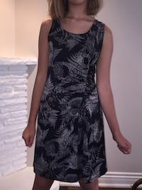 Ladies sleeveless dress. size 4-6. Soft and stretchy. Mississauga, L5K