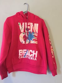 Pink pullover hoodie. Size small  It's in really good condition. Never used  Santa Clarita, 91321