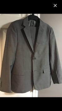 2 pcs grey Boys suits size 14 Airdrie, T4B 3T2