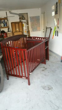 4 in 1 crib with changing table North Las Vegas, 89032