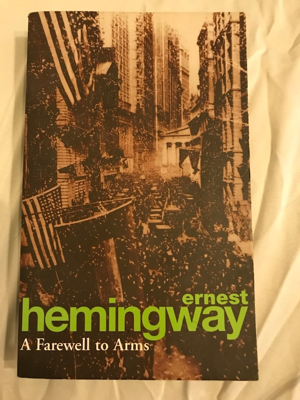 A Farewell to Arms - Ernest Hemingway 0